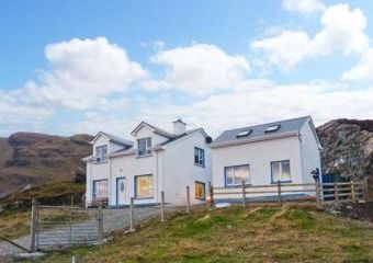 Kilcar Cottage with Sea Views  - Kilcar,