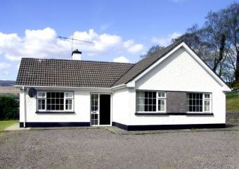 Ring of Kerry Holiday Bungalow, 1 Dog Welcome  - Kenmare,