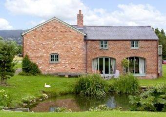 Clwydian Hills Coach House  - Bodfari Near Denbigh,