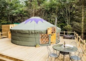 Rowan Holiday Yurt near the Peak District National Park  - Hepworth,