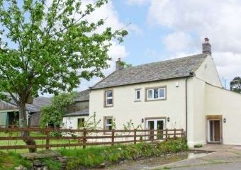 Chimney Gill Farmhouse near the Lake District  - Penrith,