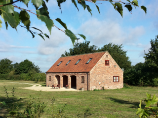 Hilltop Barn and Hilltop Cottage, Welbourn