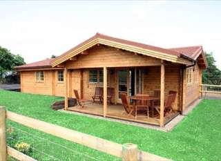 self catering log cabin worcestershire