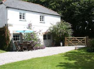 self catering cottages Lizard Peninsula Cornwall