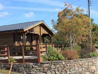 Caban Haf with all weather hot tub, - Powys