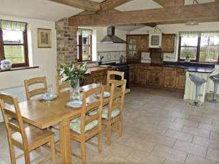 The Leverets Family Cottage, Cotswolds