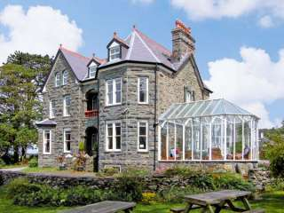 Pensarn Hall Dogs-welcome Cottage, Snowdonia North Wales , Gwynedd,  Wales