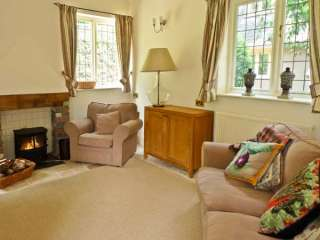 Stapledon Lodge Dogs-welcome Cottage, South West England