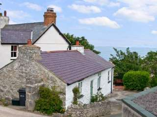 Craiglwyd Bach Dogs-welcome Cottage, Llandudno, North Wales