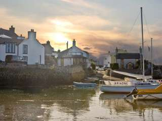 Thalassa Dogs-welcome Cottage, Isle Of Anglesey, North Wales