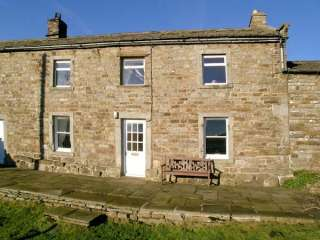 High Smarber Family Cottage, Low Row Near Reeth, Yorkshire Dales