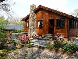 Milk Wood Lodges: Wnion Wood