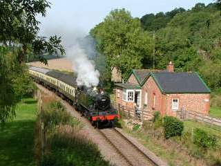 4 star luxurious cottage by the West Somerset Steam Railway