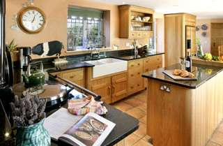 Self-catering countr cottage in Lancashire with conservatory