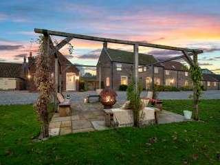 Broadgate Farm Cottages