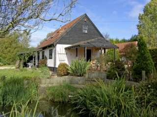 The Haybarn Pet-Friendly Country Cottage, Near Swaffham, East Anglia, Norfolk,  England