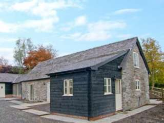Ysgubor Megan's Pet-Friendly Cottage, North Wales