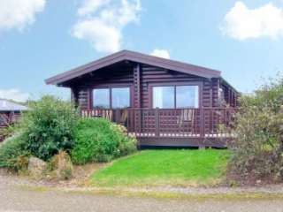 Ty Pren Pet-Friendly Log Cabin, South Wales  - Pembrokeshire