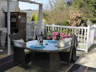 Wining & dining on your private deck