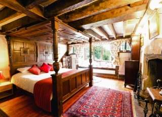 Beautiful, luxurious four poster