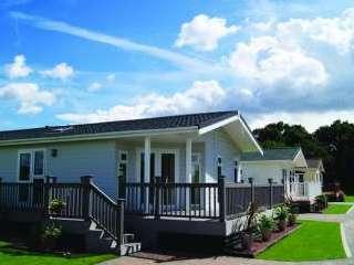 Signature Dream Lodge - Elm Farm Country Park