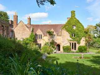Symondsbury Manor