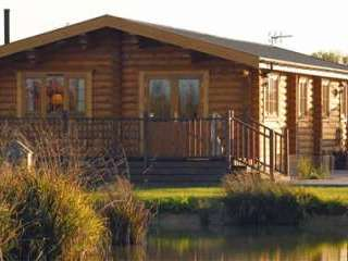luxury lodges Saxtead Green