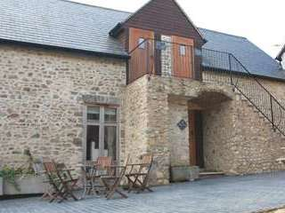 Luxurious romantic apartment near Axminster
