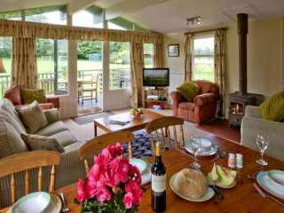 3 bedroom chelet sleeps 6 Alnwick