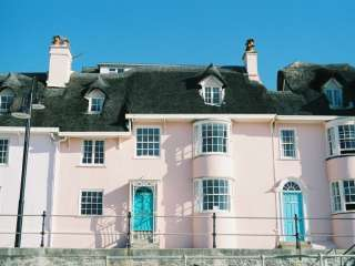 Picture-perfect seaside cottage, Lyme Regis