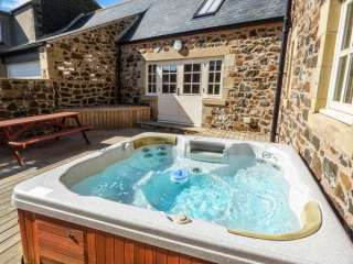 Hemmel Rural Retreat with Hot Tub, Northumberland,  England