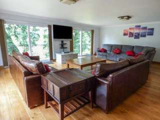 Treetops Rural Retreat - Monmouthshire