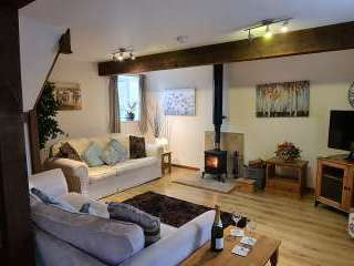 William's Hayloft - 5 Star with Swimming Pool and Toddler Play Area, Shropshire,  England