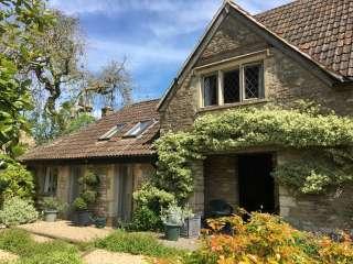 Barn End - Biddestone, Wiltshire,  England