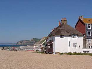 Seaside cottage Dorset right on beach