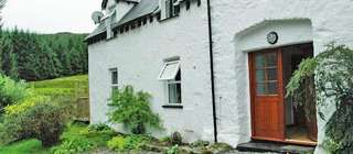 Self-catering secluded coun