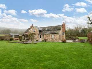 Sleeps 7+1, 5* Gold Cottage in rural location with shared games room , Herefordshire,  England