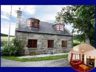 Lovely traditional cottage in Royal Deeside