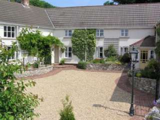 A great set of country cottages in Devon with everything you need for a safe family holiday