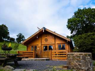 The George Family Log Cabin, Mid Wales, Powys,  Wales
