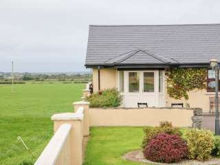 Romantic Pet-Friendly Cottage near Tralee, Kerry,  Ireland