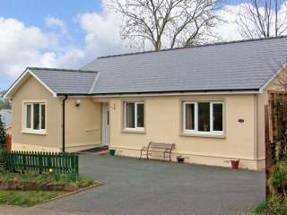 Family-Friendly Holiday Bungalow near Narberth, Pembrokeshire,  Wales