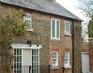 Grove Country Cottage near the North York Moors and Yorkshire Dales