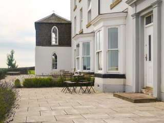 Lookout Town House, Coastal Northumbria