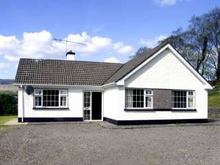 Ring of Kerry Holiday Bungalow, 1 Dog Welcome