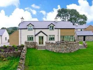 Dolwaenydd Coastal Cottage