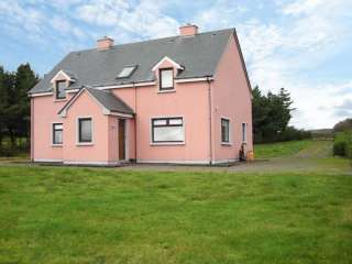 Skellig Ring Coastal Cottage with Sea Views
