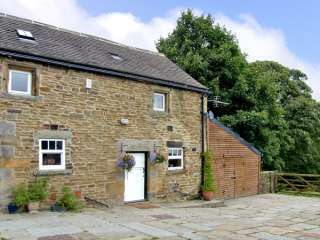 The Loft Country Cottage, Peak District, Derbyshire,  England