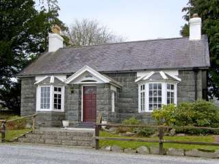Llyn Peninsula Character Cottage