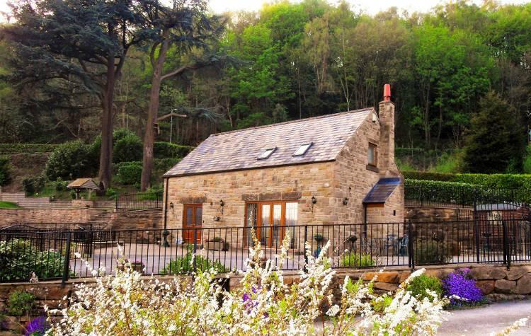 Remarkable Two Owls Lodge Matlock Derbyshire Derbyshire Dales England Interior Design Ideas Gentotryabchikinfo